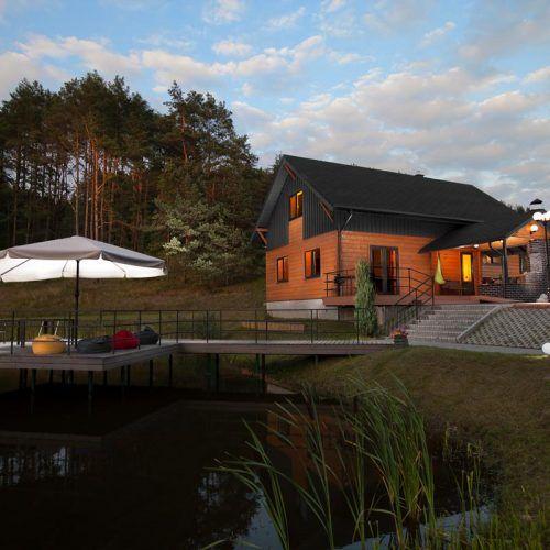 Anupro Villa - Moderni sodyba